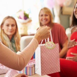 מתנות ליולדת אשר מתאימות לנשות עסקים