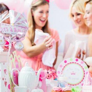 מתנות ליולדת - אחת ולתמיד: צ'ק מזומן או מתנה לתינוק