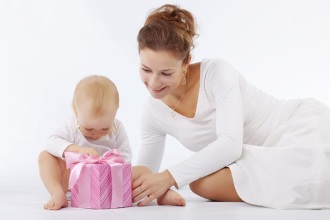 כיצד תוכלו לבחור מתנות ליולדת?