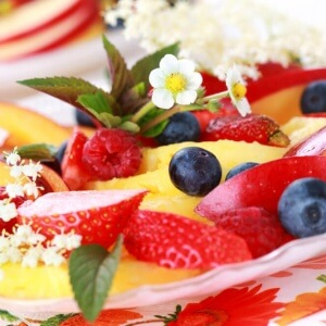 מגש פירות - המתנה הכי מתוקה ליולדת הטרייה